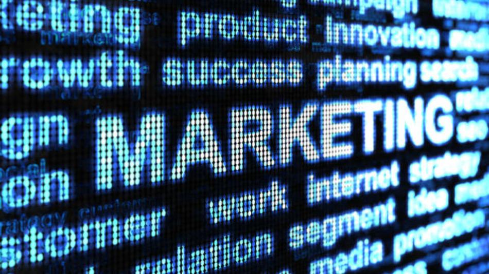 how-online-marketing-can-fuel-offline-conversations-d7b9c88024